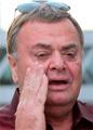 Отец Фриске обвинил мужа певицы в неправильном лечении дочери