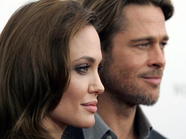 Анджелина Джоли медленно умирает от анорексиииз-за развода