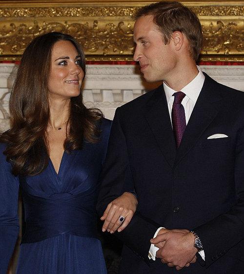 Принц УИЛЬЯМ и Кейт МИДДЛТОН вчера выступили по национальному телевидению и рассказали о своей помолвке. Фото Daily Mail