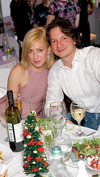 Девятилетняя разница в возрасте не смущает Ирину и Максима