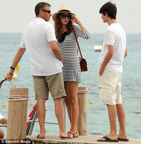 Роман АБРАМОВИЧ и Дарья ЖУКОВА сейчас отдыхают на Карибах