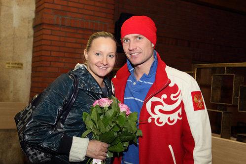 Роман КОСТОМАРОВ и Оксана ДОМНИНА. Фото icesymphony.org