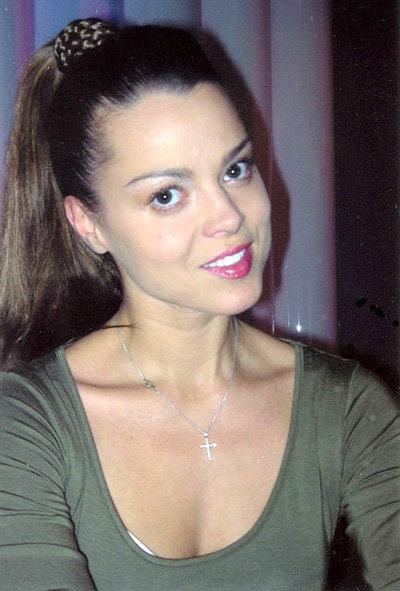 Наталья ГРОМУШКИНА подарила Николаю БАСКОВУ первый в его жизни поцелуй. Фото с официального сайта актрисы