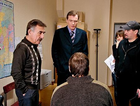 Для восстановления справедливости Леонид КАНЕВСКИЙ (слева) будет бороться с двумя злодеями