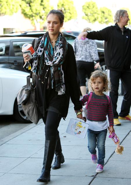 Джессика со старшей дочерью Онор Мари