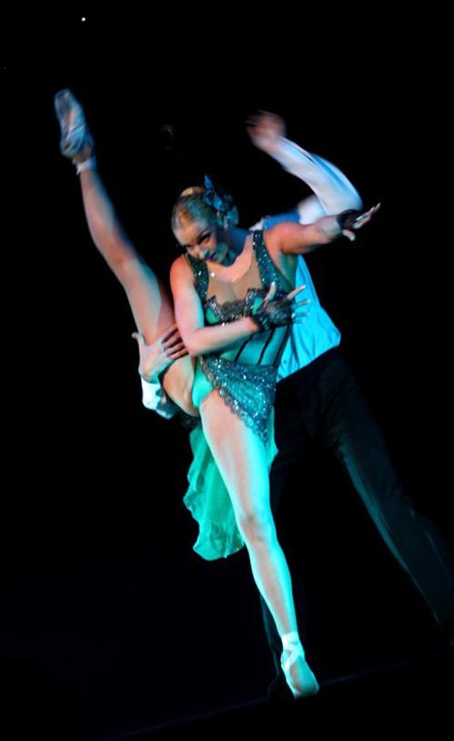 Пластика и грация балерины покорила её украинских поклонников...