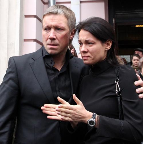 Алексей КРАВЧЕНКО с женой, дочерью Льва БОРИСОВА