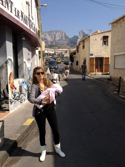 Виктория БОНЯ с новорождённой дочкой Анджелиной