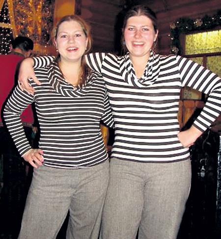 Младшая сестра Саша - лучшая подруга звезды. Фото: odnoklassniki.ru