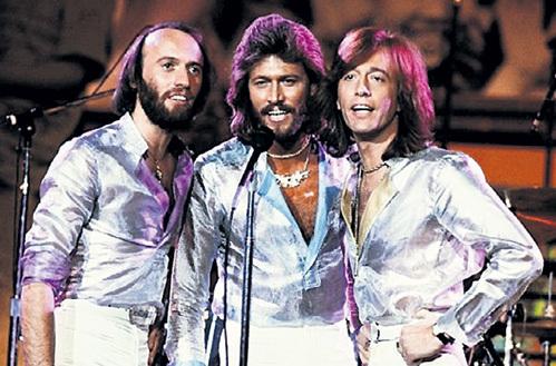 Семейное трио «Bee Gees»  стало одним из самых успешных в истории поп-музыки