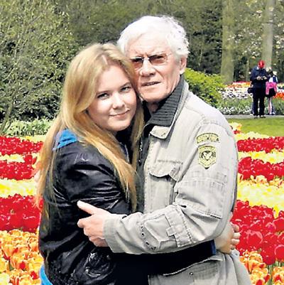 70-летие ЖИГАЛОВ встретил в Амстердаме рядом с дочкой