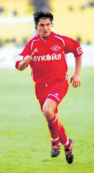 Играя в «Спартаке», нападающий ПИСАРЕВ часто конфликтовал с РОМАНЦЕВЫМ