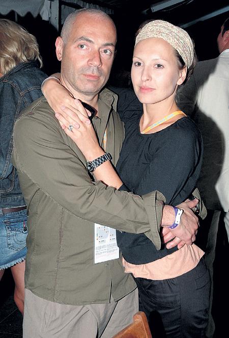 Светские сплетники утверждают, что это был более чем странный брак, ведь Ирина и Михаил - оба нетрадиционной сексуальной ориентации