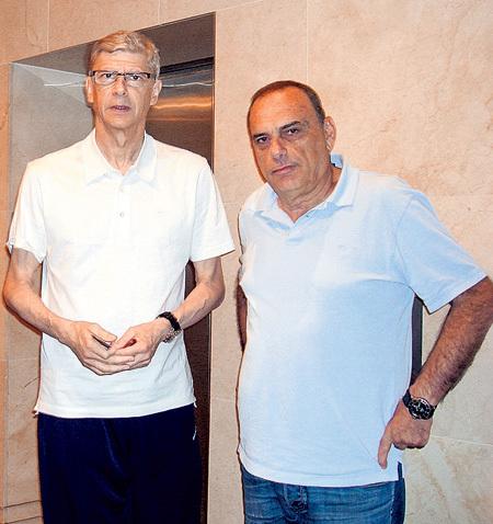 Француз Арсен ВЕНГЕР и израильтянин Авраам ГРАНТ во время Евро-2012 жили в Варшаве в одном отеле