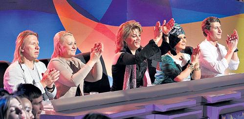 Злопыхатели утверждают, что судьи шоу заранее знают, кому отдать предпочтение