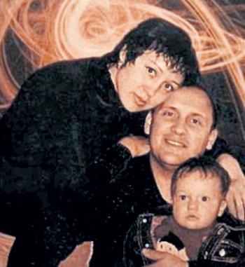 МИХАЙЛОВ с первой женой Ириной ГОРБ и маленьким Никитой