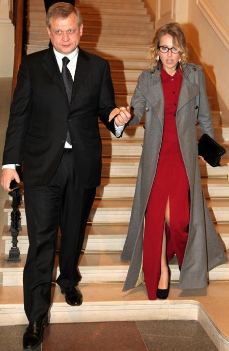 Сергей КАПКОВ с Ксенией СОБЧАК (фото Ларисы КУДРЯВЦЕВОЙ)