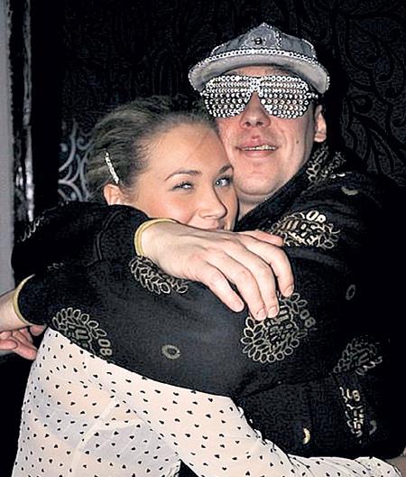 Андрей минин с женой фото