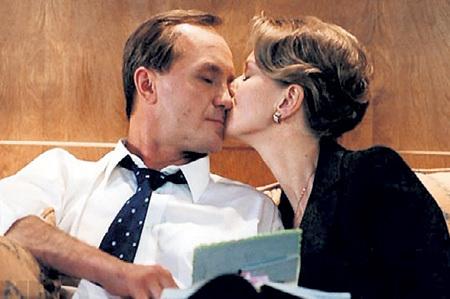 …Дарью МИХАЙЛОВУ в мелодраме «Поцелуй не для прессы», где Андрей сыграл Президента России