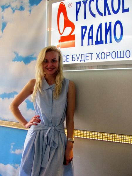 ФОТО: Полина Гагарина появилась на публике без прически и