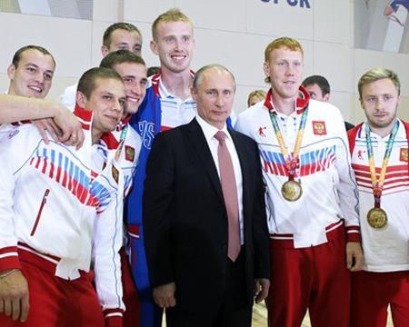 Владимир Путин поздравил участников Универсиады в Казани. Фото: