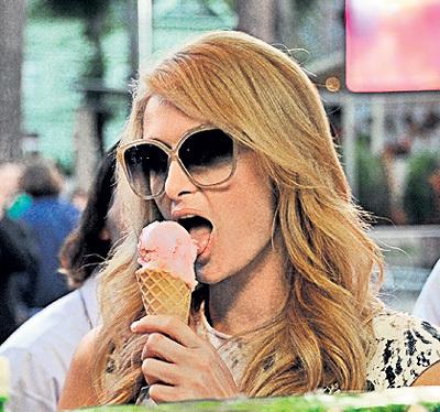 Накушавшись фруктового мороженного... Фото Евгении ГУСЕВОЙ/«Комсомольская правда»