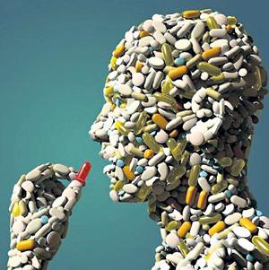 За свою жизнь человек выпивает килограммы лекарств, и хорошо, если они просто не приносят пользы. А то ведь многие из них не только не лечат, но и калечат