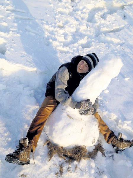 Зимние забавы Егору по душе. Фото: Fb.com