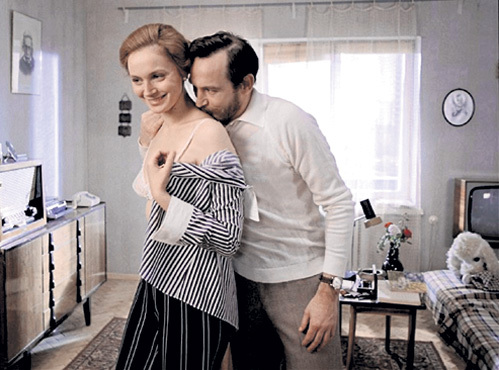 Снимаясь в 1976 году в фильме «Странная женщина» (единственный раз вместе с мужем - Василием ЛАНОВЫМ), Ирина КУПЧЕНКО не могла даже представить, что переживёт своего только что родившегося сына Серёжку