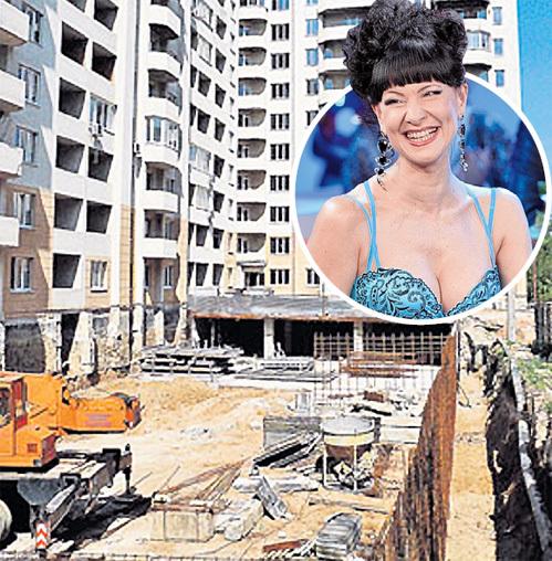 Нонна ГРИШАЕВА вложила деньги в жильё в Одессе, но фирма-застройщик четыре года тянула со сдачей дома. Фото Олега ШАПАРЕНКО/«Комсомольская правда»