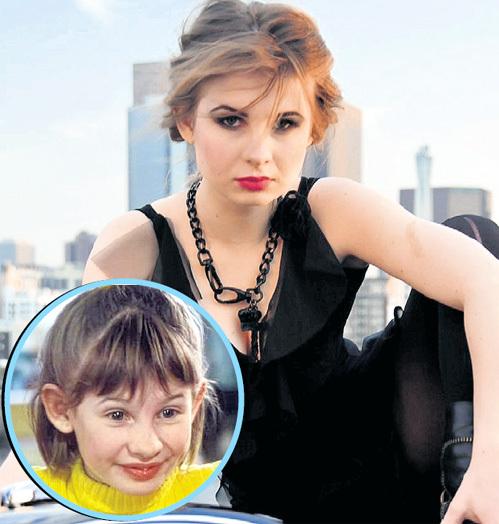 Аня активно снимается в кино и воспитывает сына, который в следующем году пойдёт в первый класс. Фото: Anna-tsukanova.livejournal.com