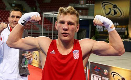 Видо ЛОНЧАР перепутал бокс с уличной дракой. Фото: РИА «Новости»