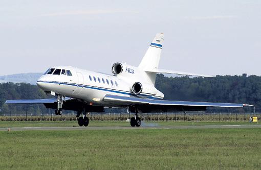 «Фалькон-50» перевернулся на скорости 200 км/ч