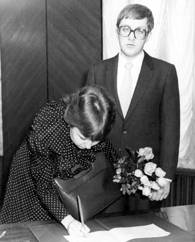 Брак Марины и врача-стоматолога Игоря ВЛАДКОВСКОГО оказался коротким