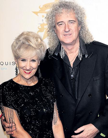 Гитарист «Queen» Брайан МЭЙ пришёл с женой, актрисой Анитой ДОБСОН