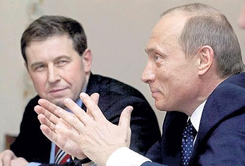 По мнению иудушки ИЛЛАРИОНОВА (слева), Президент России имеет все основания потребовать с украинских властей расплатиться по долгам. Фото: inforesist.org