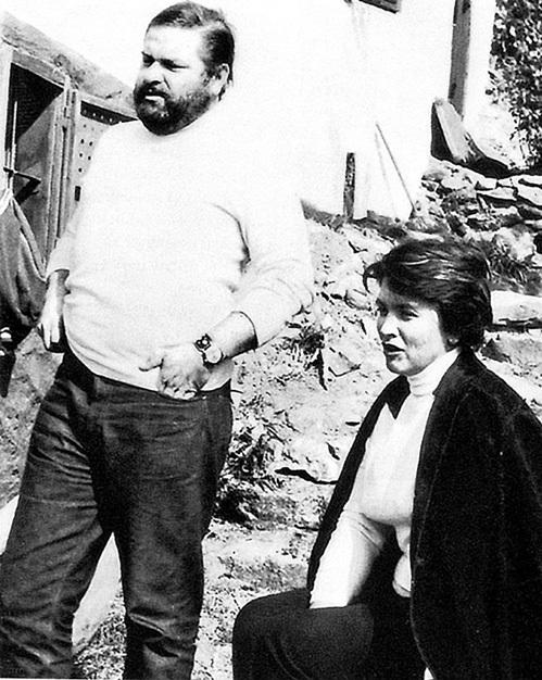 Писатель Юлиан СЕМЁНОВ женился на внучке известного художника Петра КОНЧАЛОВСКОГО - Екатерине. Из личного архива СЕМЁНОВЫХ