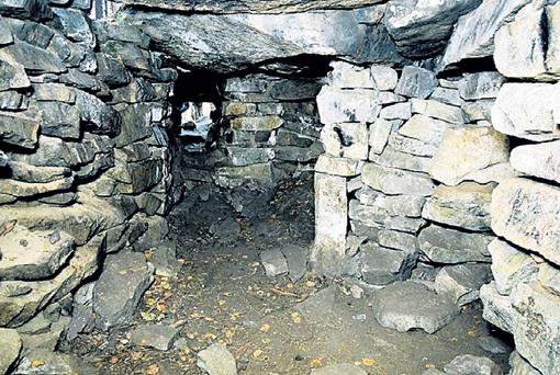 Разве можно представить, что каменные пещеры на острове Веры на Урале... Фото: set-travel.com
