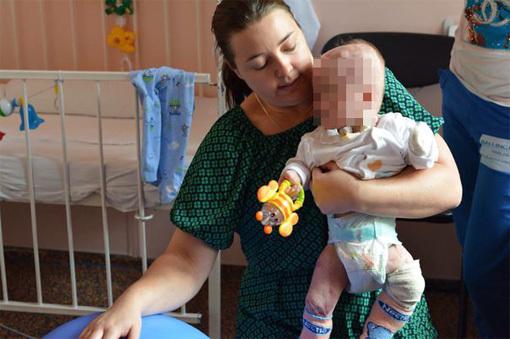 Наталия ТУПЯКОВА с маленьким Матвеем. Фото: n71.ru