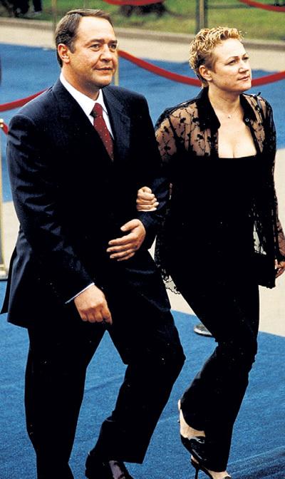Пару раз в год Валентина прилетала из США в Россию, чтобы сопроводить Михаила Юрьевича на какое-нибудь светское мероприятие. Фото: PhotoXPress