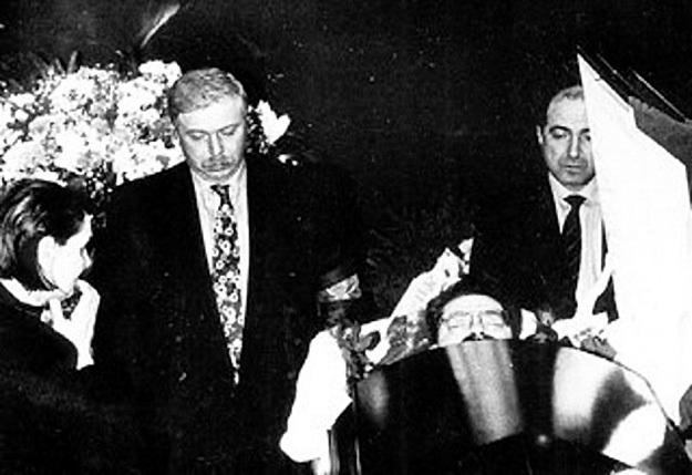 Предполагаемые заказчики убийства телеведущего - Бадри ПАТАРКАЦИШВИЛИ и Борис БЕРЕЗОВСКИЙ у его гроба