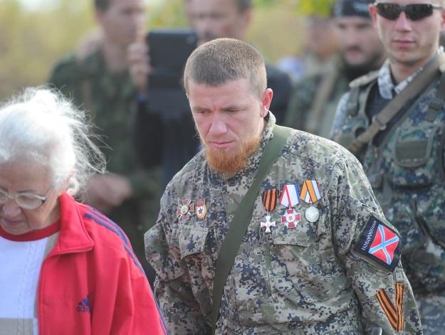 Похороны 17 ополченцев и захоронение останков 82 солдат Второй мировой войны (Фото: Виктор Гусейнов/