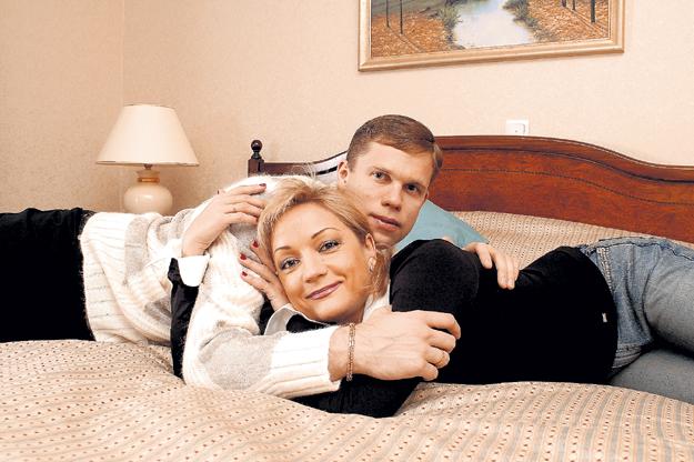 ...а Татьяна БУЛАНОВА, которая увела у неё Влада, привыкает к статусу разведёнки. Фото с сайта personastars.com