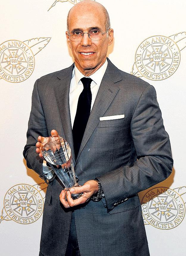Джеффри КАТЦЕНБЕРГ с премией Annual ICG Publicists Awards - наградой в области рекламы и продвижения фильмов и телевизионных программ, которую он получил в феврале