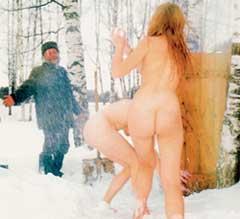 МАША И КАТЯ: давно хотели в Третьяковскую галерею, но их все время возили в баню
