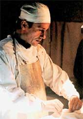 ЮРИЙ ЖИВАГО В ПОЛЕВОМ ГОСПИТАЛЕ: эти сцены снимались в палатке, установленной в Красном бору под Тутаевом