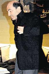 ЧУДЕСА ЛОВКОСТИ: Борис Абрамович одевается с закрытыми глазами