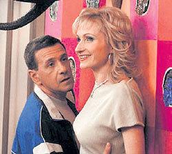 Завистливая Жанна Аркадьевна в конечном счёте полюбит насмешника Константина
