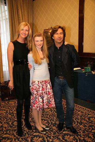 Виолетта и Валерий СЮТКИНЫ с дочкой Виолой