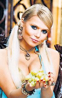 За свою новую роль певица надеется получить престижную теленаграду «Эмми»